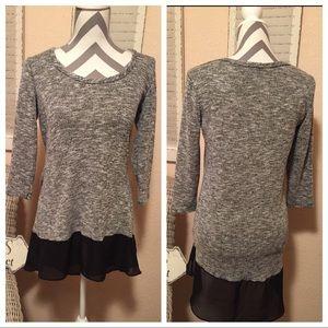 Grey Swoopneck 3/4 Sleeve Top